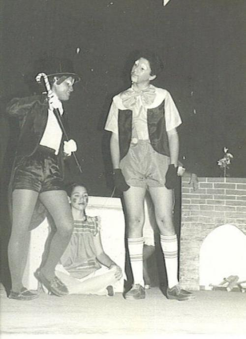 MM playing Pinocho in his High School Theater