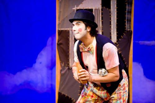 "MM as Juan Bobo in ""The Encounter of Juan Bobo & Pedro Animal"""